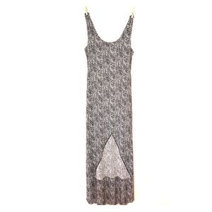 Tart triangle dress